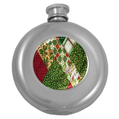Christmas Quilt Background Round Hip Flask (5 Oz)