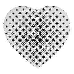 Stylized Flower Floral Pattern Ornament (heart)