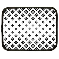 Concentric Halftone Wallpaper Netbook Case (xl)