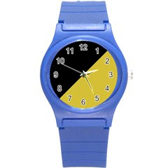 Two Triangles Round Plastic Sport Watch (s)