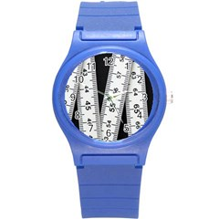 Build Bers Scale Craft Length Round Plastic Sport Watch (s)