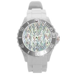 Zigzag Backdrop Pattern Grey Round Plastic Sport Watch (l)
