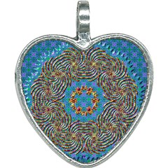 Tile Pattern Background Image Heart Necklace