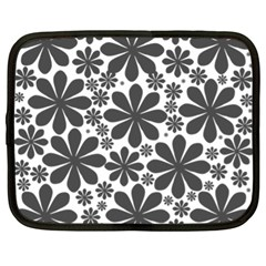 Black & White Netbook Case (xl)