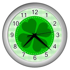 Shamrock Luck Day Wall Clock (silver)