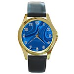 Rendering Streak Wave Background Round Gold Metal Watch Front