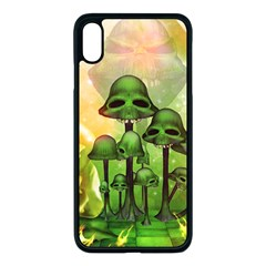 Awesome Funny Mushroom Skulls With Roses And Fire Apple Iphone Xs Max Seamless Case (black)