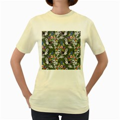 Vintage flowers and birds pattern Women s Yellow T-Shirt