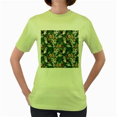 Vintage flowers and birds pattern Women s Green T-Shirt