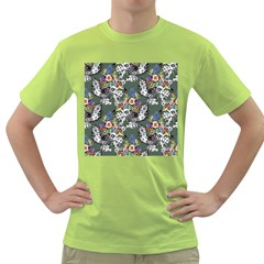 Vintage flowers and birds pattern Green T-Shirt