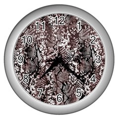 Luxury Snake Print Wall Clock (silver)