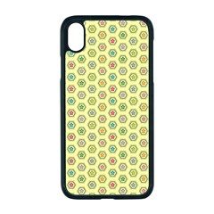 Hexagonal Pattern Unidirectional Yellow Iphone Xr Seamless Case (black)