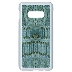 Happy Gold Flowers And Soft Green In Vintage Samsung Galaxy S10e Seamless Case (white) by pepitasart
