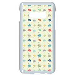 Clouds And Umbrellas Seasons Pattern Samsung Galaxy S10e Seamless Case (white)