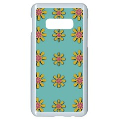 Fantasy Fauna Floral In Sweet Green Samsung Galaxy S10e Seamless Case (white) by pepitasart