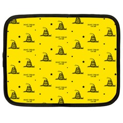 Gadsden Flag Don t Tread On Me Yellow And Black Pattern With American Stars Netbook Case (xl)