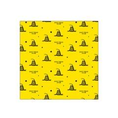 Gadsden Flag Don t Tread On Me Yellow And Black Pattern With American Stars Satin Bandana Scarf