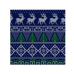 Beautiful Knitted Christmas Pattern Blur Green Small Satin Scarf (square)