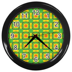 Nadallaa Wall Clock (black)