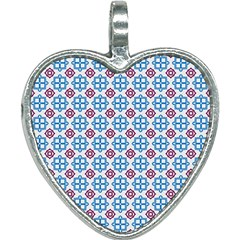 Doriskos Heart Necklace