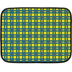 Wannaska Double Sided Fleece Blanket (Mini)