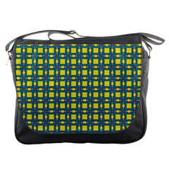 Wannaska Messenger Bag