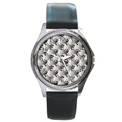 Seamless 3166142 Round Metal Watch
