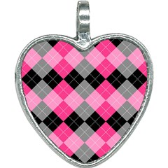 Seamless-argyle-pattern Heart Necklace by Vaneshart