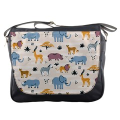 Wild Animals Seamless Pattern Messenger Bag