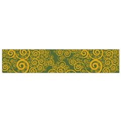 Abstract Flowers And Circle Small Flano Scarf