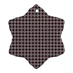 Red Halloween Spider Tile Pattern Ornament (Snowflake) Front