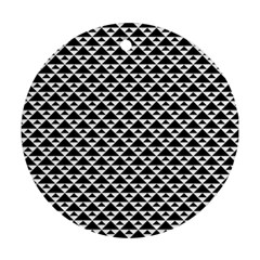 Black And White Triangles Pattern, Geometric Ornament (round)